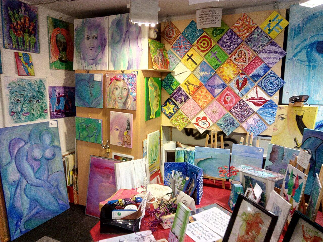 Viele Ateliers unterschiedlichster Kreativer