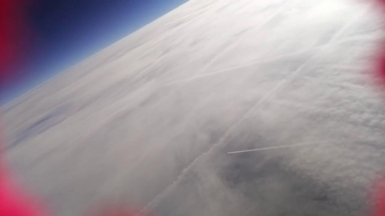 Flugzeug in Reiseflughöhe