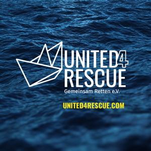 Das Logo von United4Rescue zeigt ein transparent stiliertes Papierschiff vor dem tiefen Blau des Meeres.